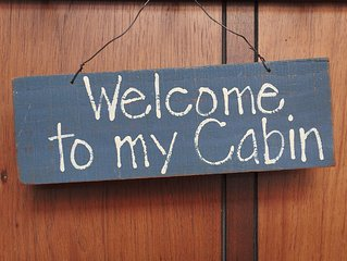 Beautiful 2 Story Cabin Short Hop Away from Mountain High Ski