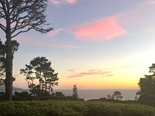 Pebble Beach Luxury with Wide Ocean View, Walk to Lodge and Concours d'Elegance