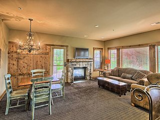 2BR Luxurious Creekside Condo at Boyne Mountain - Ski In/Ski Out.