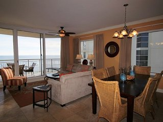Luxuriously Appointed Indigo End Unit, on Gulf and Free Beach Service!*