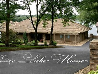 Lake Front Home, Bella Vista, Arkansas-Family Friendly