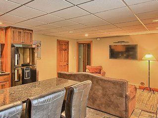 Luxurious 2BR Disciples Village Ski In/Ski Out Condo on Boyneland - Sleeps 9!