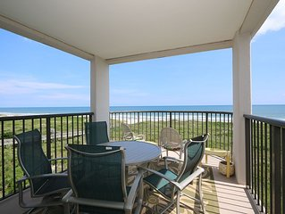 DR 1411 - Wonderfully decorated fourth floor oceanfront condo with easy beach