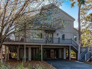 Recently Renovated, Just 3 Rows Back from the Ocean In North Forest Beach