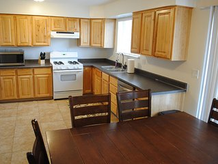 Sleeps 10 For As Low As $98/nt! Cozy & Newly Remodeled.  Great Value, Great Area