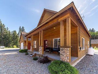 Stylish Cabin Nr Suncadia|2BR+Large Loft, Slps 8|Hot Tub,3-for-2 Special