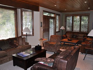 Stunning Golf Course 5 Bedroom Townhome #60 nestled in the Aspens