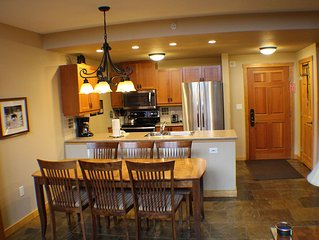 Fabulous Top Floor Center in Passage Point... Book Now!!!!!!!!
