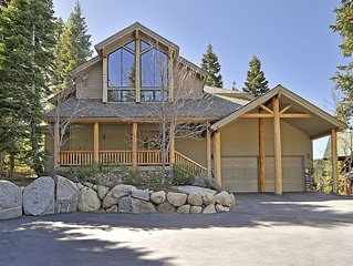 Squaw Valley Luxury 5BR 5 BA w/ Hot Tub and Stunning Views