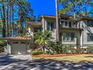 2 Genoa Court- Hot Tub & Pool Access and Quick Walk to Harbour Town