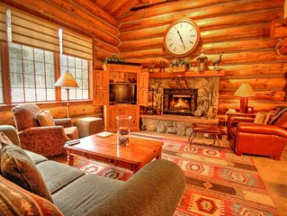 Luxury 5 Bedroom Log Cabin Retreat in Keystone!