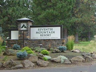 Seventh Mountain Resort Near Beautiful Bend Oregon In Deschutes National Forest