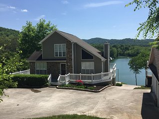 Cove Pointe Getaway - Beautiful Norris Lake front home!