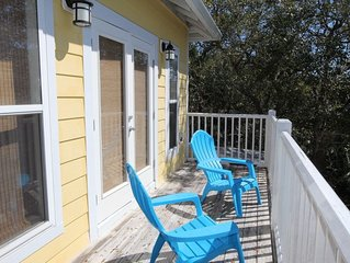 BEACHY KEEN  3 Bedroom Indian Pass Home w/pool access!