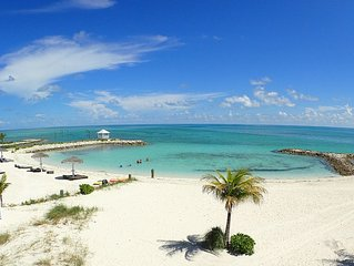 Palm Cay Beach Front - Private Garden - White Sand