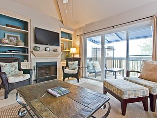 Pet Friendly Town Home with Great Outdoor Living Space and Only 1 Block to the B