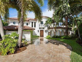 Waterfront Point Mansion With Pool And Dock Steps To The Beach