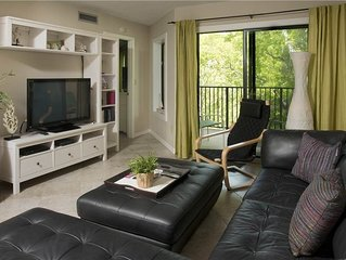 Lovely Condo with Quick Beach Access and Indoor Complex Pool