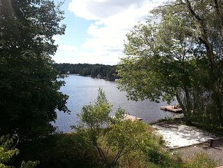 Beautiful 5 BR Lakefront Home