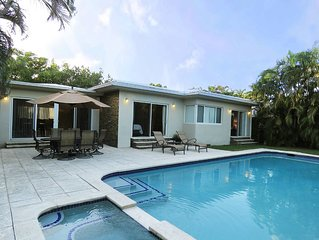 Centrally Located In South Beach, Walk To Everything!