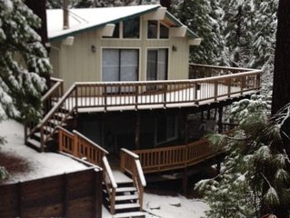 Cozy Cabin-Blue Lake Springs-3BR, 2.5BA, Close to Fly-in-Lake