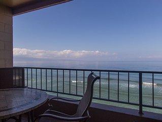 Romantic Oceanfront Getaway, Beautiful 7th Floor Condo in Honokawai