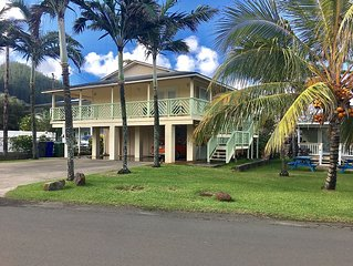 Hauula Homestead Family Home, near Beach, Shopping & PCC