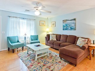 Family Pet Friendly Vacation Home Only 3 Blocks to Beach Access