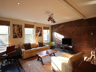 Gorgeous 1 B/R in the heart of Chelsea! w/fireplace, sleeps 4