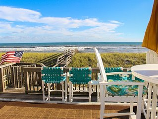 Beautiful Beach Front Custom Townhome, Elevator and Many Xtras