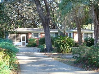 BEACH OAKS 3 bedrooms, 2 bathrooms