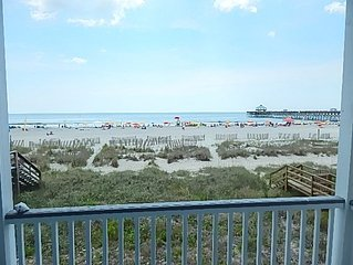 1-D-Ful, Beach Front, Clean and Comfortable