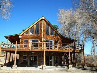 Majestic Mountain River Retreat! 3 Stories of Spacious Living! Large Decks!
