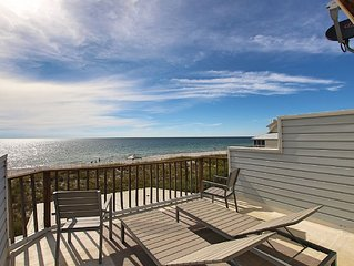 Gulf Front, High end, Couples paradise, Designer decor, Screened porch