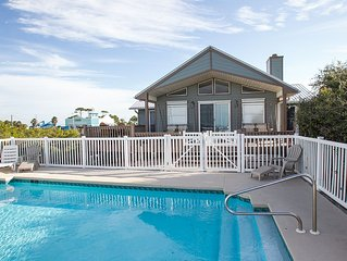 DISCOUNTS!!! ON THE BEACH--SLEEPS 12--PRIVATE POOL--BEAUTIFUL VIEWS!!