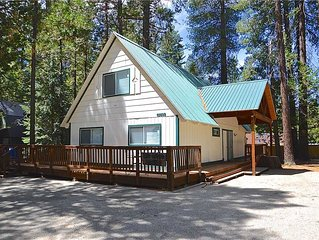 Redwood Haven: 3 BR / 2 BA  in Shaver Lake, Sleeps 9