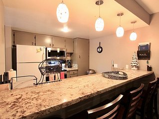 Mammoth Sunshine Escape-Remodeled 2 Beds/2 Baths on Shuttle Route