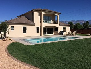 Private Pool and Putting Green - Located just outside Zion and St. George, UT
