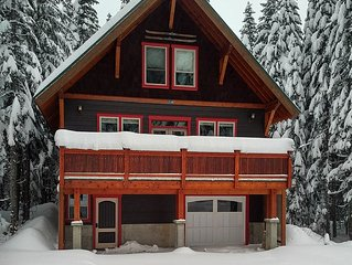 Beautifully Designed Craftsman 3 Story Mountain Charmer