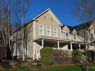 Fabulous 2 BR Luxury Condo. Ideal Stowe Village location.