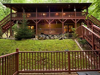 Rustic and Private Cabin-Hot Tub, Wi-Fi, Pets Okay!