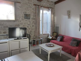 Studio In Beautiful Medieval Village With,river Beach Near Carcassonne,