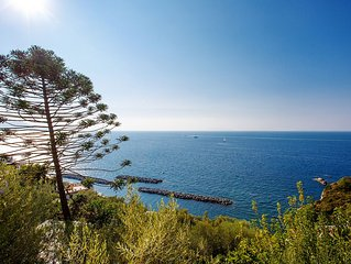 elegant villa near Sorrento, 300 meters from the sea with breathtaking views of
