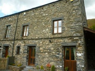 BANK END LODGE (Hot Tub), Grizebeck, Kirkby in Furness, South Lakes - A cottage