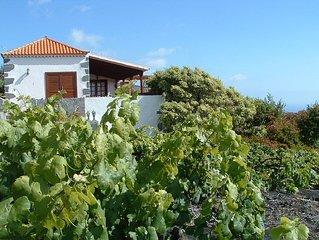 Casa Rural  en Fuencaliente, con bellas vistas al mar y a la montana