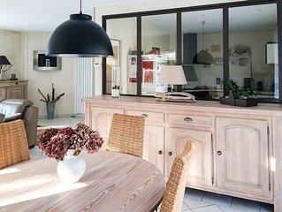 Villa 120 m2 avec grand jardin idéal pour vacances en famille ou entre amis