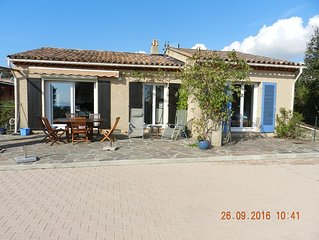 Villa Agay, 150m2 de terrasse, vue sur la Rade et l'Esterel.