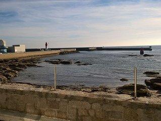 Grande maison face a la mer