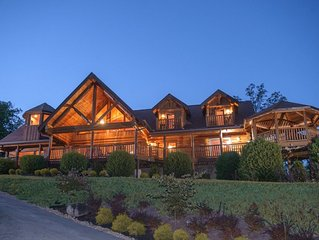 Experience Christmas in the Smokies! 10% off