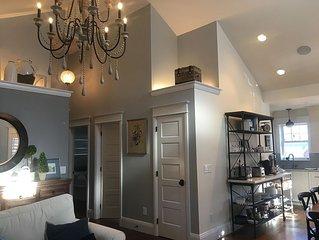 New Listing - 3 Bedroom 2 Bath in Prime Boulder Location